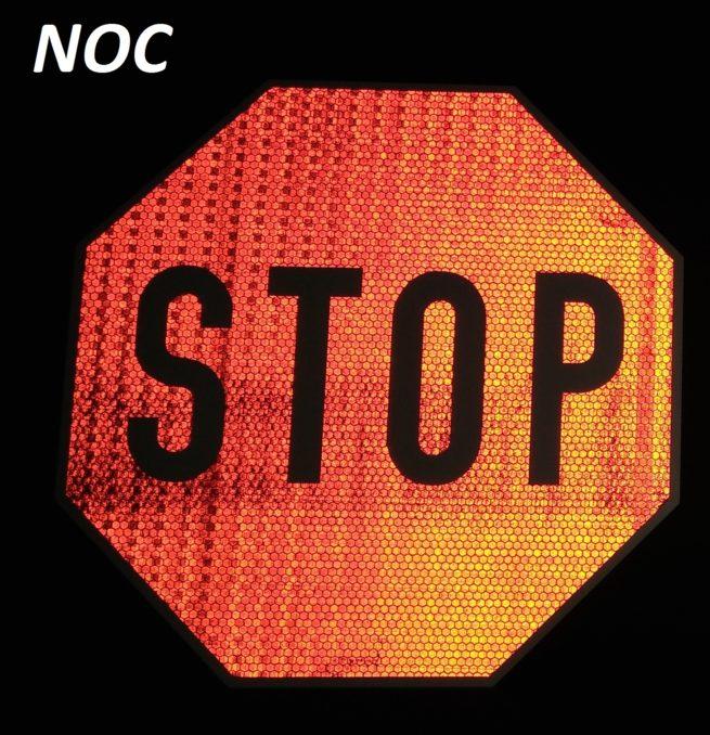 znak stop odblask